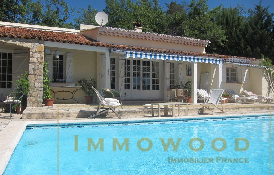 Bagnols en foret, villa provençale avec piscine