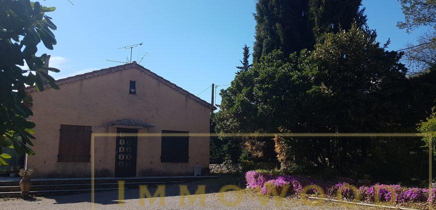 Bagnols en foret, maison 74 m² sur 710 m².