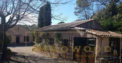 Bagnols en foret, 2 maisons sur 1200 m²