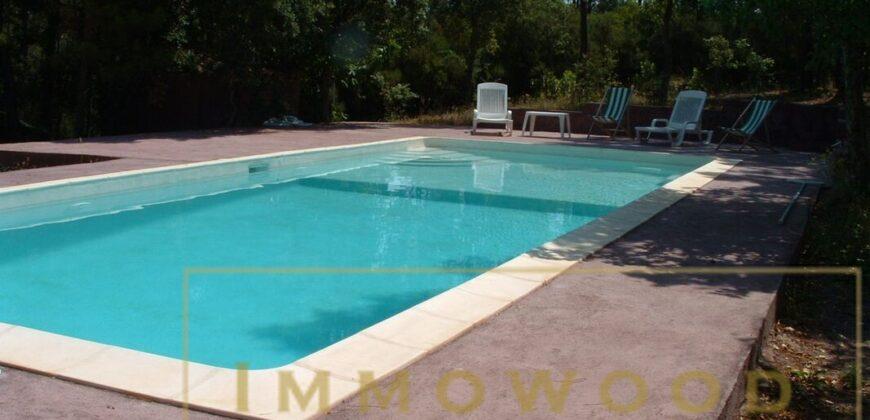 Propriété de 7000 m² avec piscine