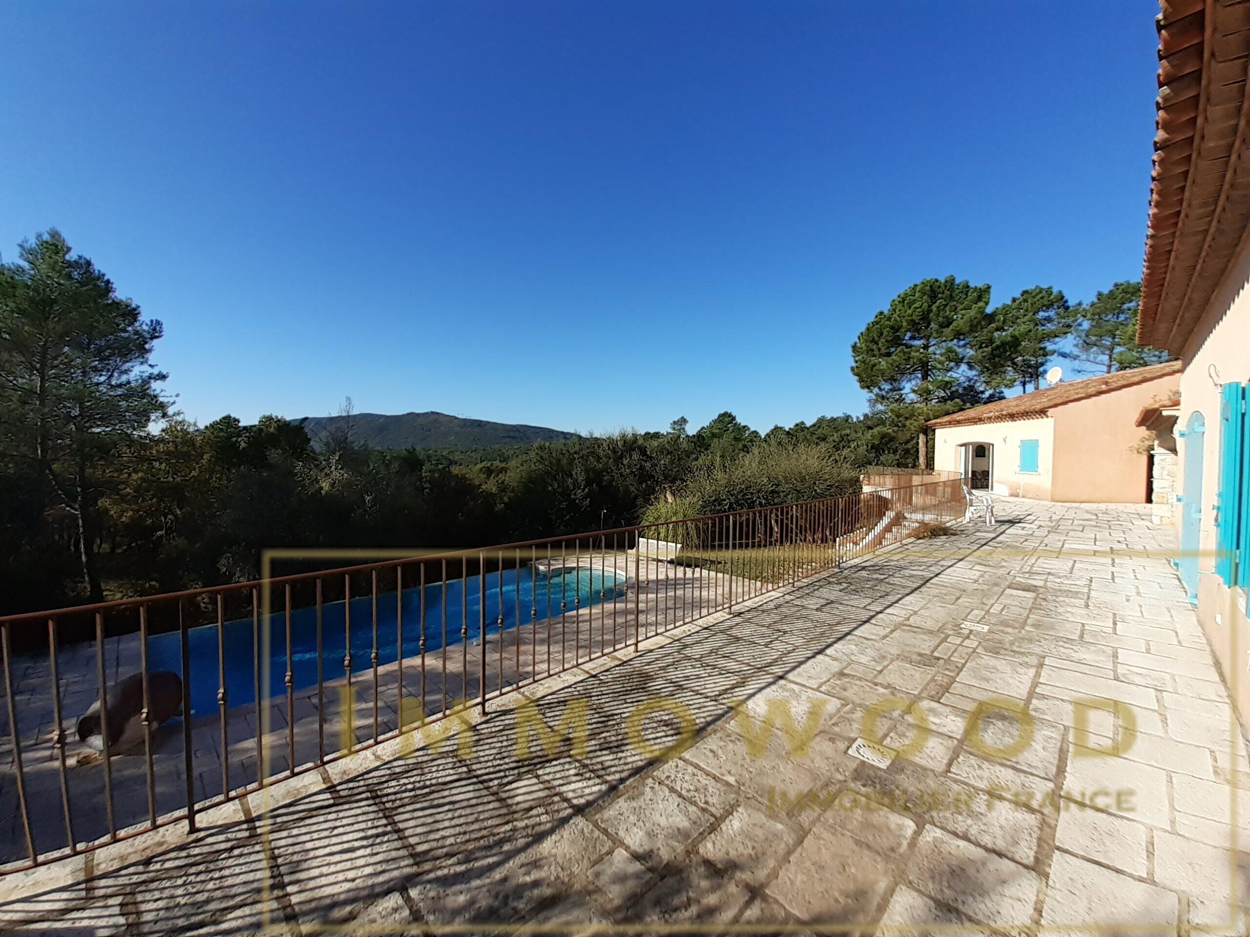 Exceptionnelle villa de 250 m² sur 2 hectares